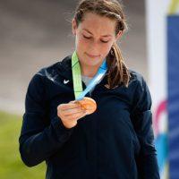 Felicia Stancil con su medalla de oro. Foto:Getty Images