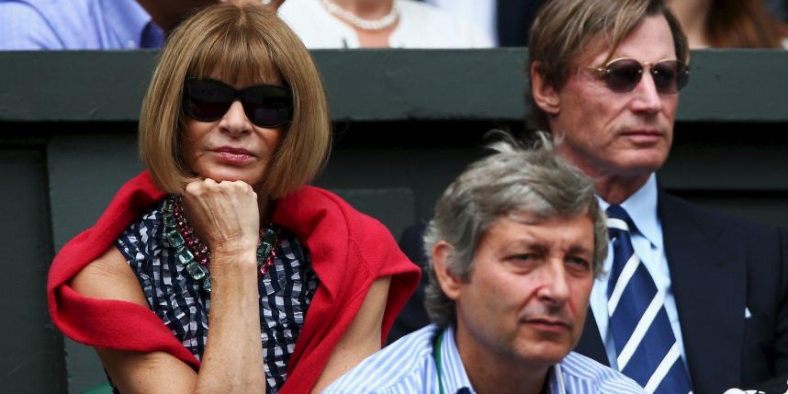 Anna Wintour, editora de Vogue, también llenó de glamour el All England Club. Foto:Getty Images