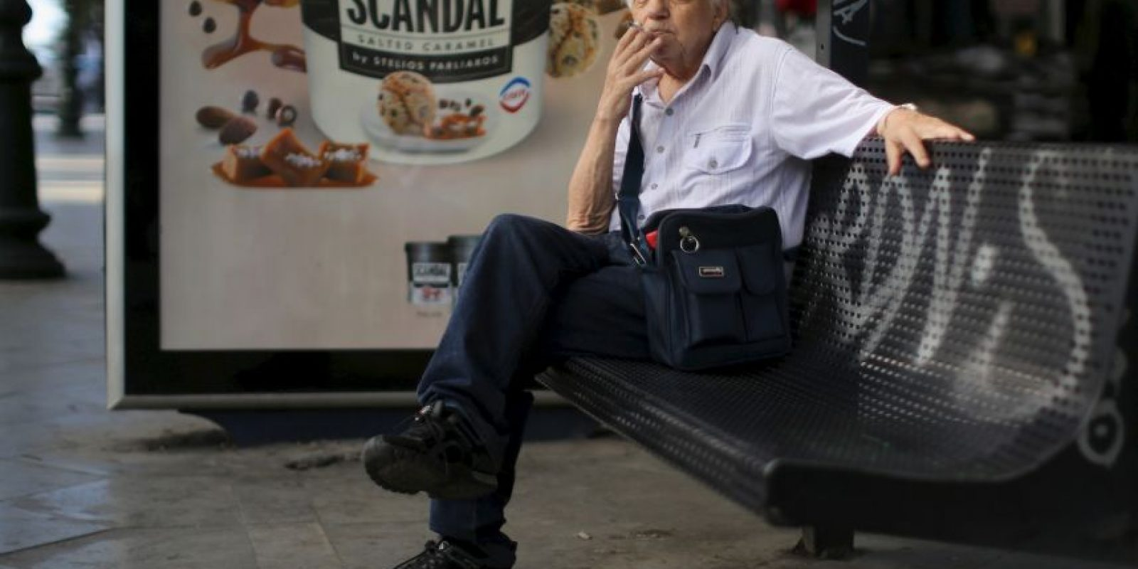 """De acuerdo al sitio estadounidense """"USA Today"""", los griegos reaccionaron con alivio y resignación Foto:Getty Images"""