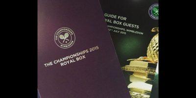 El piloto británico fue invitado a un palco VIP, pero se quedó con las ganas de ver el duelo entre Novak Djokovic y Roger Federer. Foto:Vía instagram.com/lewishamilton