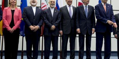 """3. """"Porque hemos negociado desde una posición de fuerza y de principios, hoy hemos frenado la expansión de armas nucleares en esta región"""", aseguró Barack Obama desde Washington. Foto:AP"""