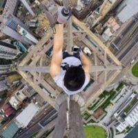"Kirill Oreshkin es un joven ruso que se dedica a hacer ""roofing"". Subió hasta la antigua torre de radio de Elektrostal Foto:Instagram @daniel__lau"