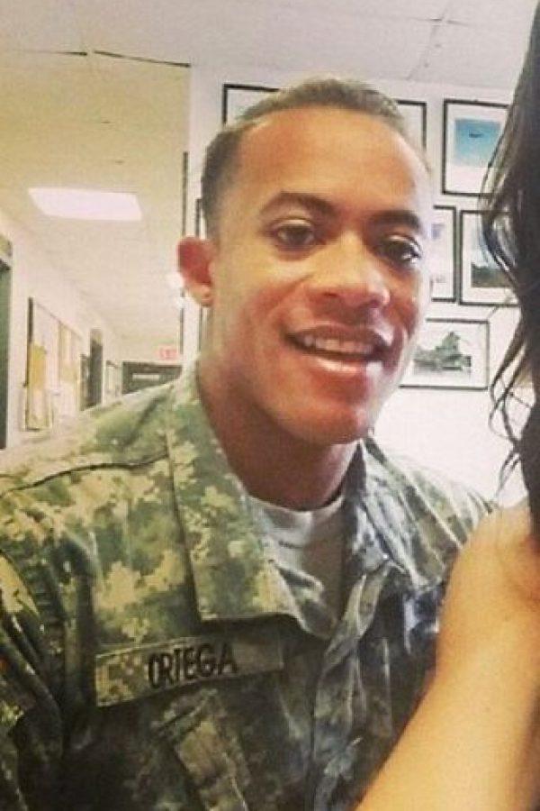 El sargento Shane Ortega por lo menos tiene mejor suerte que algunos de sus congéneres, que han sido maltratados y hasta asesinados por su condición. Foto:vía Instagram/minihulkin
