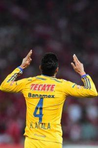 Hugo Ayala marcó un tanto para Tigres Foto:Getty Images