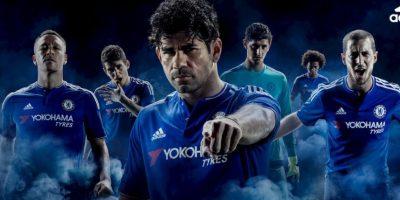 Los campeones de la Premier League presentaron su uniforme para la temporada 2015-2016. Foto:chelseafc.com