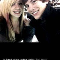 Alguien debió decirle a esta chica que el cabello de Justin Bieber ya no luce así. Foto:vía collegehumor.com