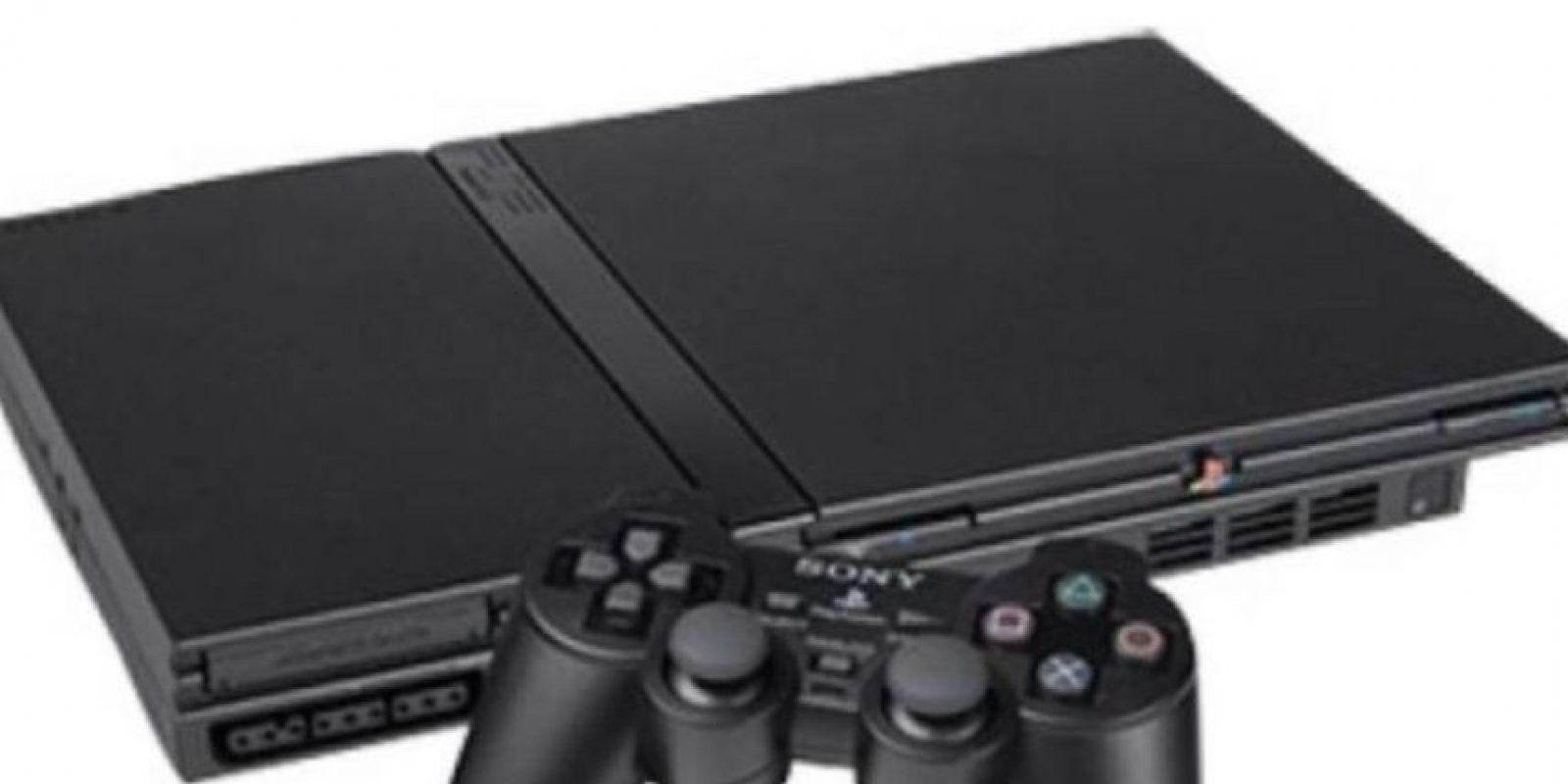 PlayStation 2 Slim color negro. Foto:Sony