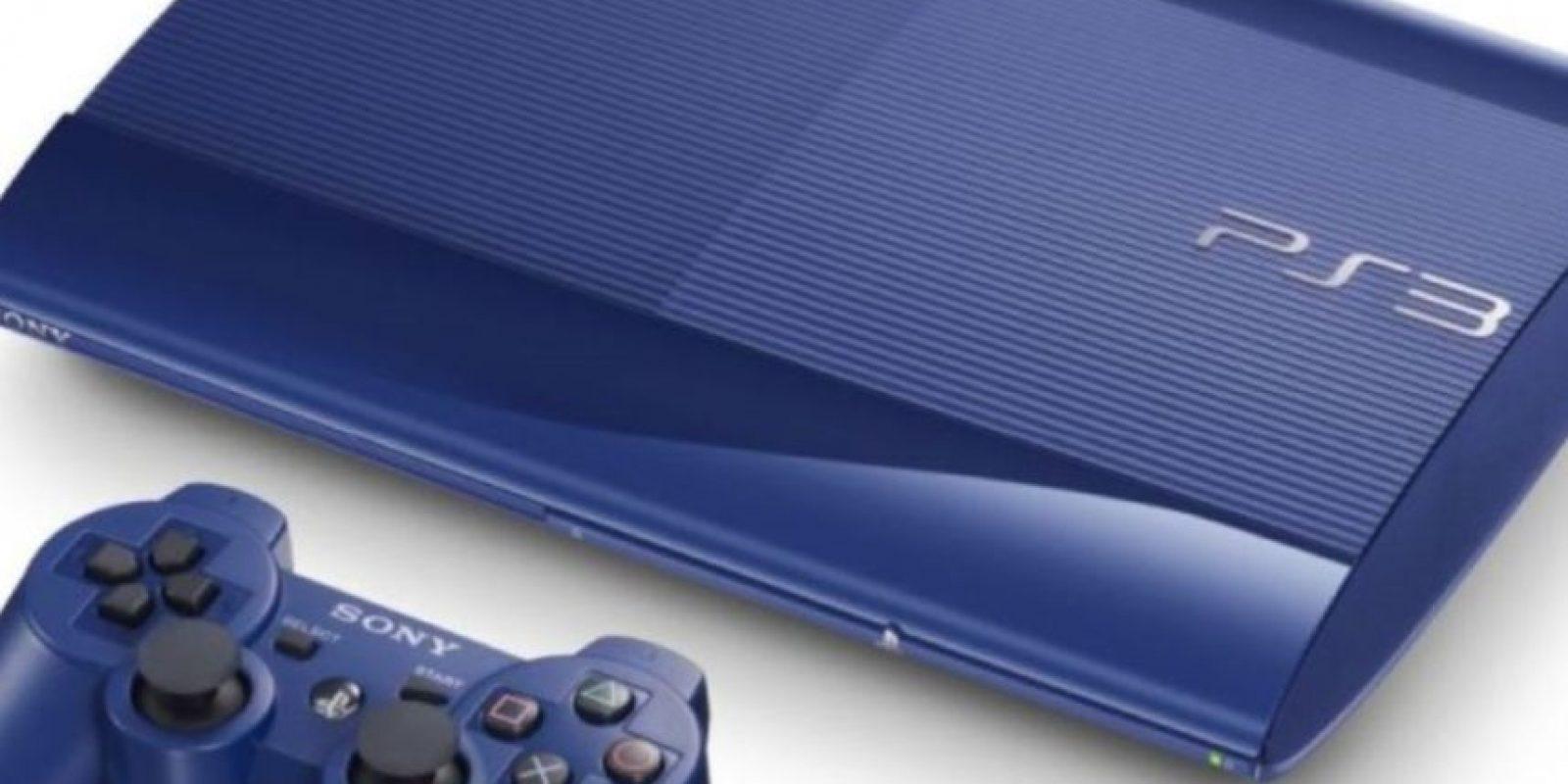 PlayStation 3 Slim color azul. Foto:Sony