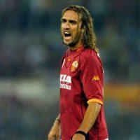 """Con 31 años, """"Batigol"""" dejó la Fiorentina y fichó por la Roma, con los que ganó el """"Scudetto"""" y colaboró marcando 28 goles. Foto:Getty Images"""