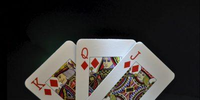 No existe ninguna historia concreta atribuida a este juego, pero es probable que apareciera con el nacimiento de los naipes y como entretenimiento personal Foto:Getty Images