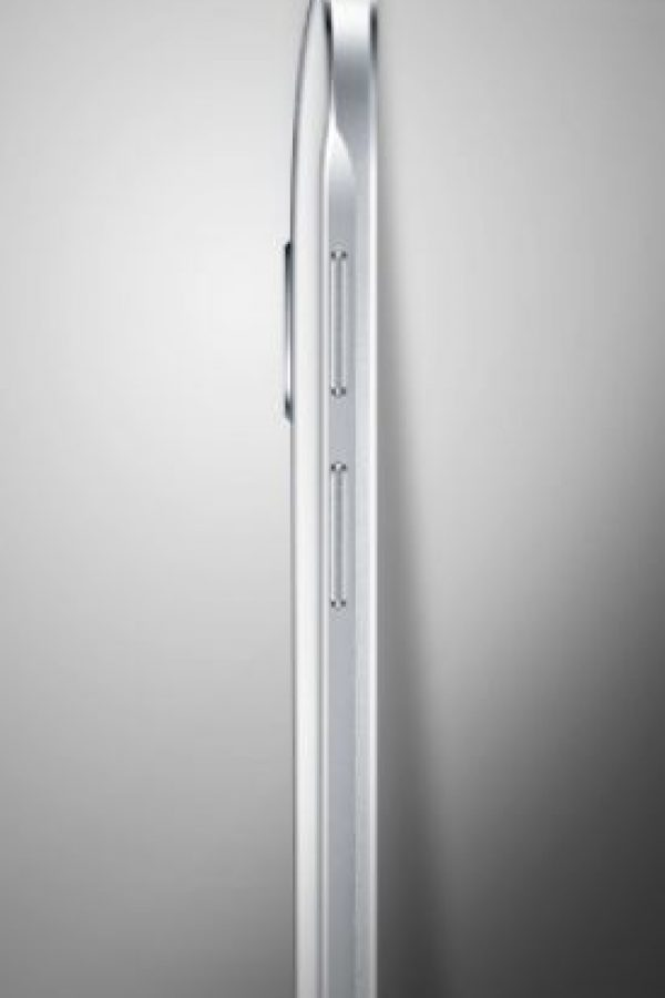 Mide solo 5.9 milímetros de grosor Foto:Samsung