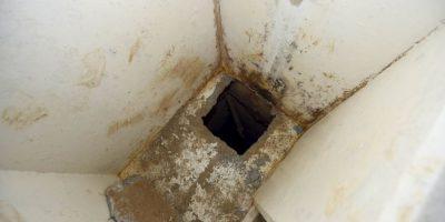 Sus cómplices debilitaron el cemento de la regadera con ácido y calor. Foto:AFP