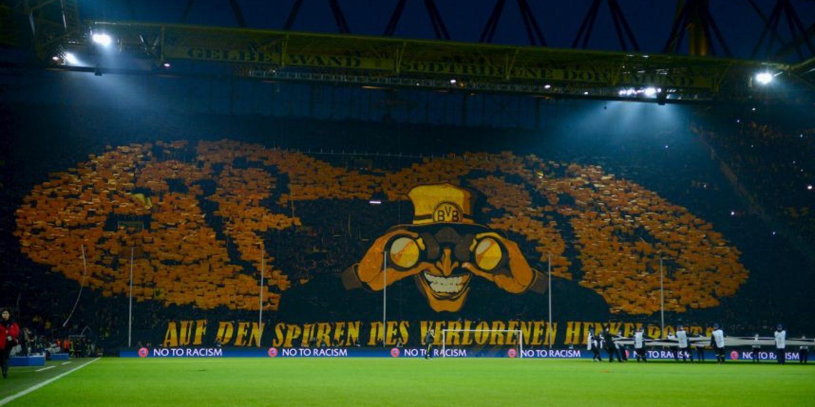Es la casa del Borussia Dortmund, se inauguró en 1974 (con el nombre de Westfalenstadion) y tiene capacidad para 80 mil espectadores. Foto:Getty Images