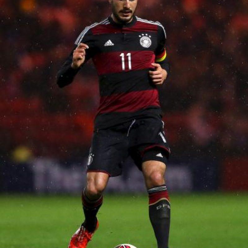 Tiene 21 años y aunque se formó en el Bayern Munich, ahora juega para el Liverpool. Es mediocampista. Foto:Getty Images
