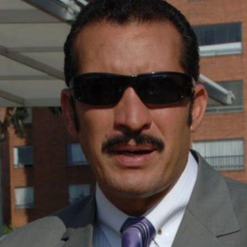 """Fernando Solórzano era """"Óscar Cadena"""" (en la vida real, Orlando Henao). Foto:vía Canal Caracol"""