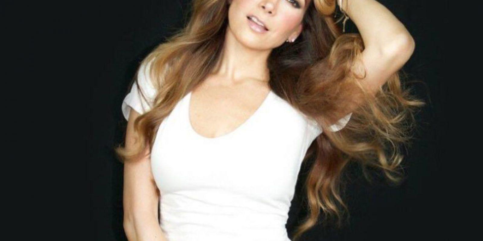La actriz reside en Los Ángeles. Tiene tres hijos. Foto:vía Facebook/Paty Manterola