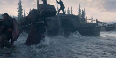 Sus compañeros lo dan por muerto, sin embargo emprende una peligroso viaje durante el brutal invierno para volver a su familia. Foto:20th Century Fox