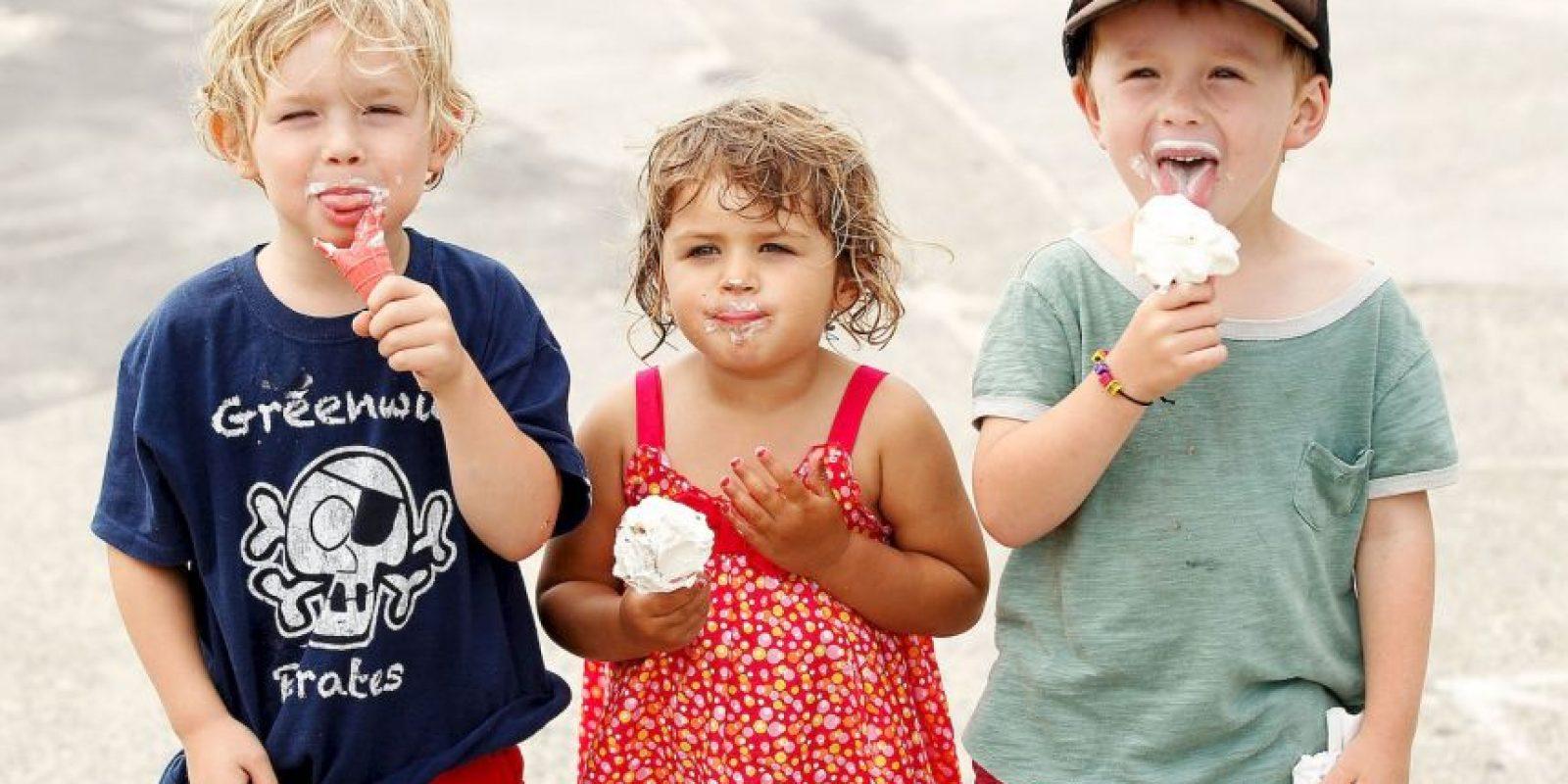 Y comidas ricas en colesterol, grasas saturadas, sal, azúcar y alcohol. Foto:Getty Images