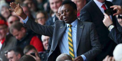 Pelé se encuentra internado en Brasil