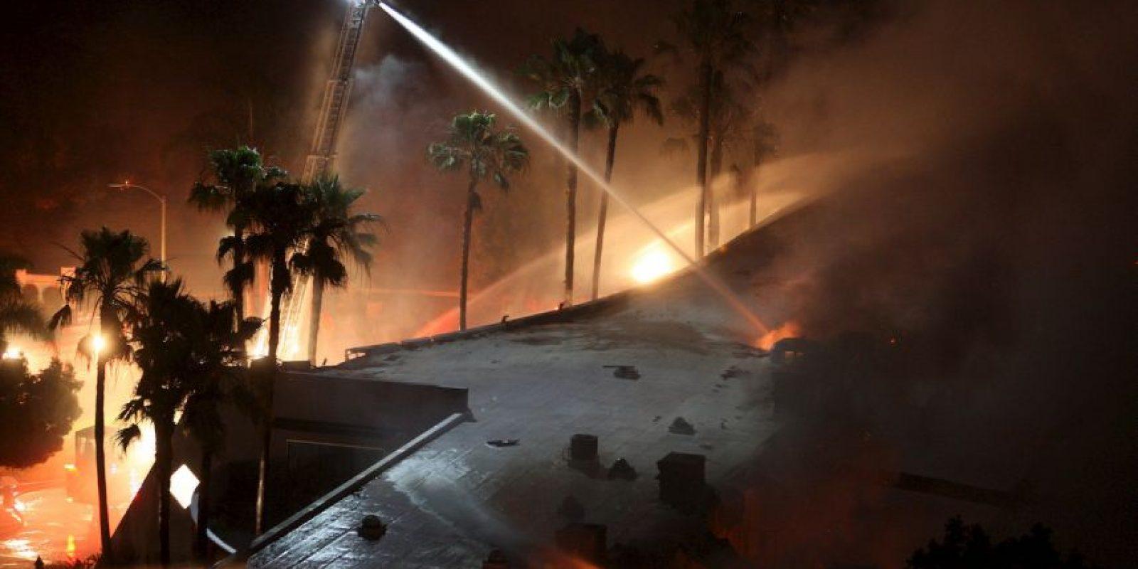 Se distingue de otros tipos de incendio por su amplia extensión, la velocidad con la que se puede extender desde su lugar de origen y su potencial para cambiar de dirección inesperadamente Foto:Getty Images