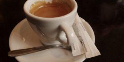 En 2005, Jackie Clarke invitó a un hombre a su casa. Luego le dio una sustancia sedativa en su café. Posteriormente, ella y su hijo lo amarraron. Foto:vía Getty Images