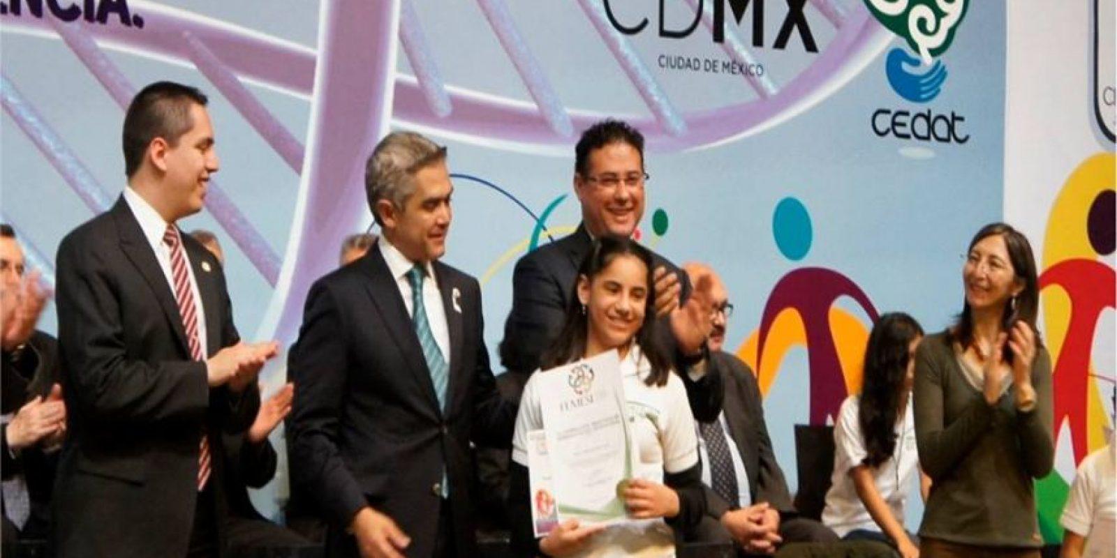Dafne Almazán Foto:vía facebook.com/Centro-de-Atención-al-Talento