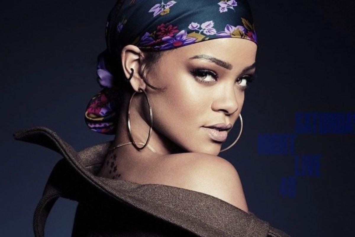 "Morales aseguró que la piel de Rihanna es ""naturalmente perfecta"" Foto:vía instagram.com/badgalriri"