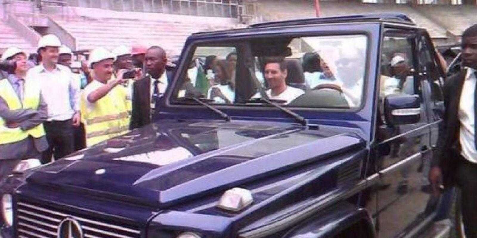 Y el presidente Ali Bongo Ondimba le dio un recorrido por Libreville Foto:Twitter