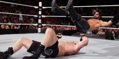 """""""La Bestia"""" dominó a Rollins en gran parte del combate Foto:WWE"""