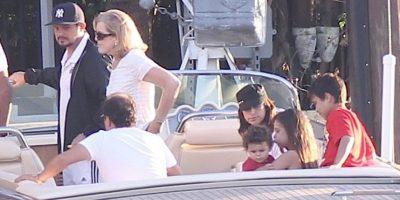 Sanz tiene cuatro hijos: Manuela Sánchez Michel (14 años), Alexander Sánchez Rivera (12 años), Dylan Sánchez Perera (4 años) y Alma Sánchez Perera (1 año) Foto:The Grosby Group