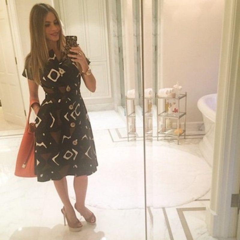 """""""Odio ser vieja. Cualquier mujer de 40 años que diga que no le importa la edad, miente"""". Foto:Instagram/SofiaVegara"""