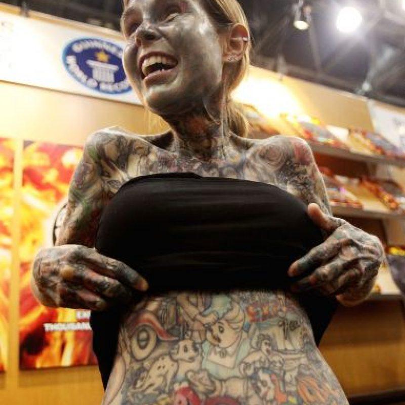La mujer con más tatuajes Foto:Getty images