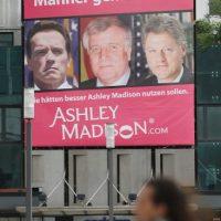 La promoción de este sitio de citas fue un escándalo cuando involucró a varios políticos estadounidenses Foto:Getty Images