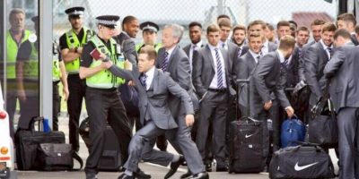 Antes del Mundial de 2014 se infiltró en un vuelo de la Selección de Inglaterra Foto:Getty Images