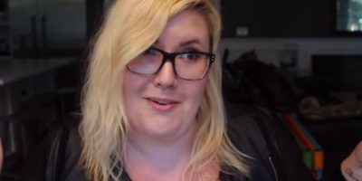 """VIDEO: Ella muestra por qué la gente odia ver a una mujer plus size comer """"chatarra"""""""