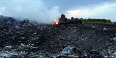 El avión explotó sobre Grávobo, Ucrania. Foto:vía AP