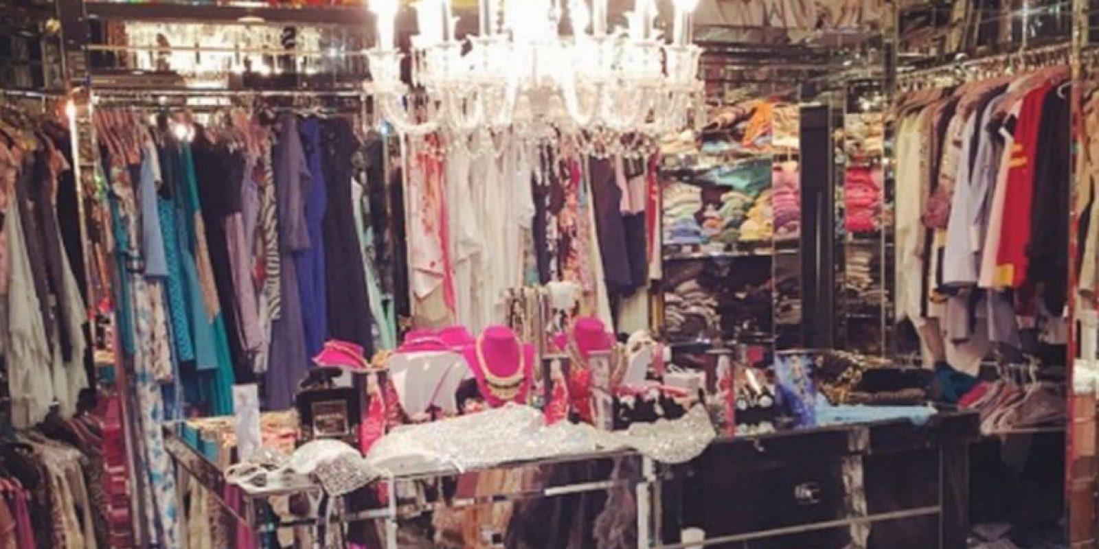 """Su armario fue una locación para la película """"The Bling Ring"""" Foto:Vogue"""