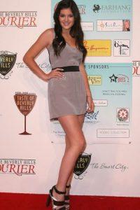 La más pequeña de las Kardashian ha invertido millones de dólares en operaciones de cirugía Foto:Getty Images