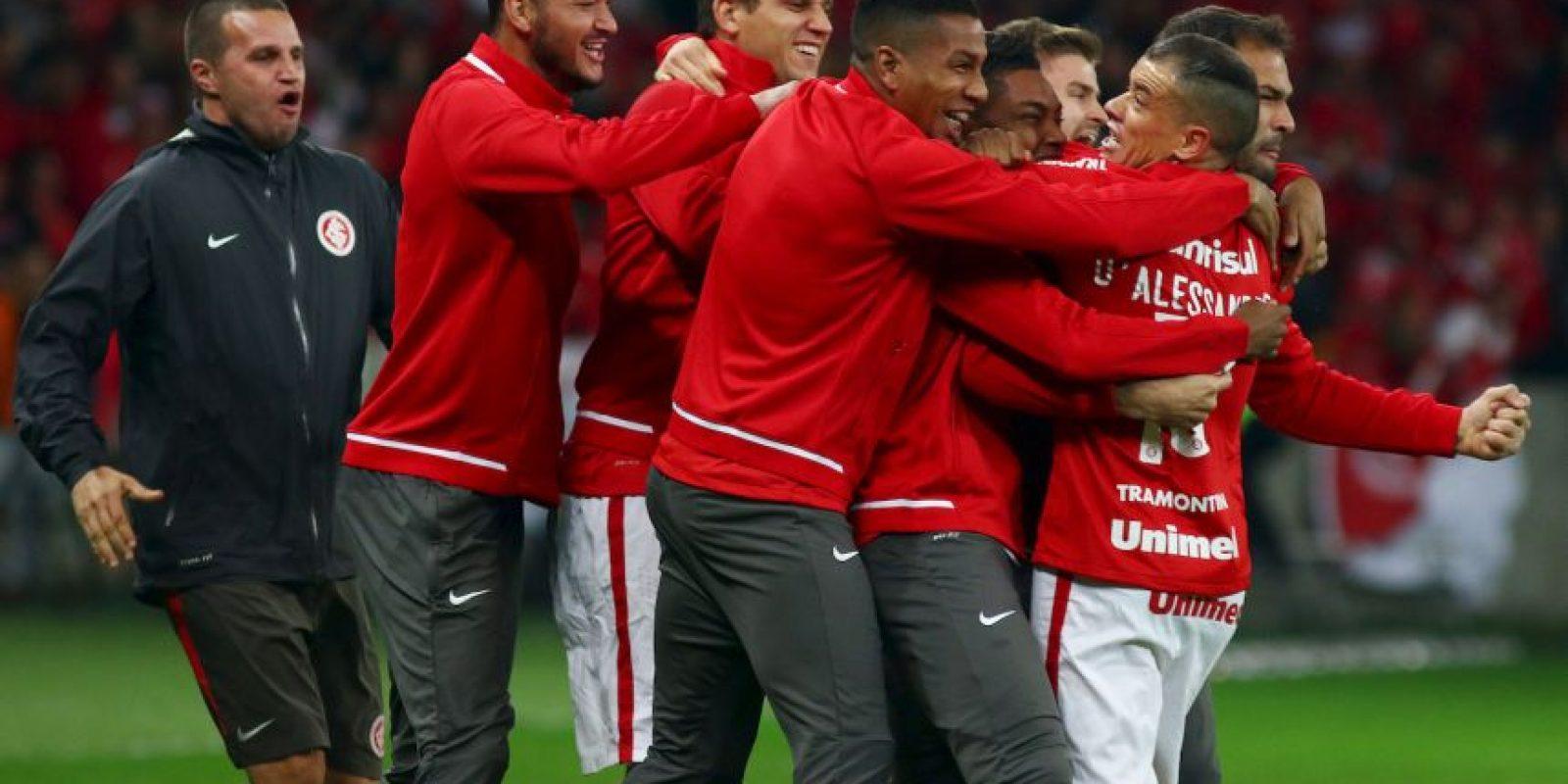 Al minuto 20′, los brasileños ya ganaban 2-0 pero los mexicanos lograron sobreponerse y acortar la ventaja. Foto:Getty Images