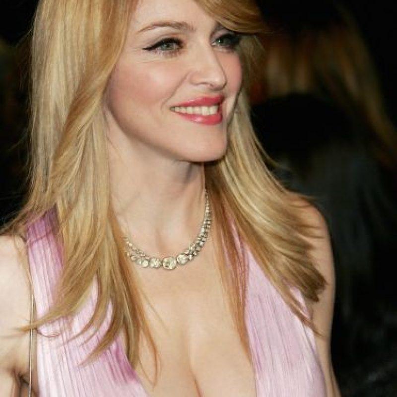 """A la """"reina del pop"""" le gusta comparse con otros artistas. Foto:Getty Images"""