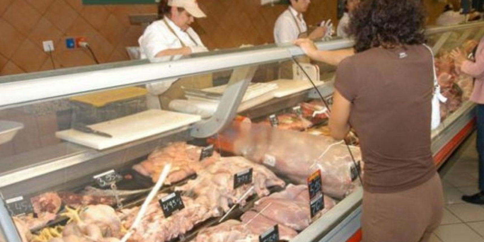 Algunas de estas bacterias presentes en el animal utilizado para la producción de alimentos pueden contaminar la superficie de su carne durante el procesamiento. Foto:Pinterest