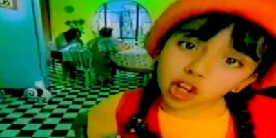 """Ivonne Avilez saltó a la fama en la década de los noventa con el disco la Pollomanía, del cual de desprendió el exitoso tema """"Piquito de Pollo"""". Foto:Tumbrl"""