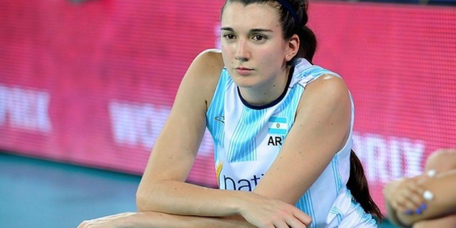 La argentina de 29 años juega en Grecia Foto:Vía twitter.com/letiboscacci