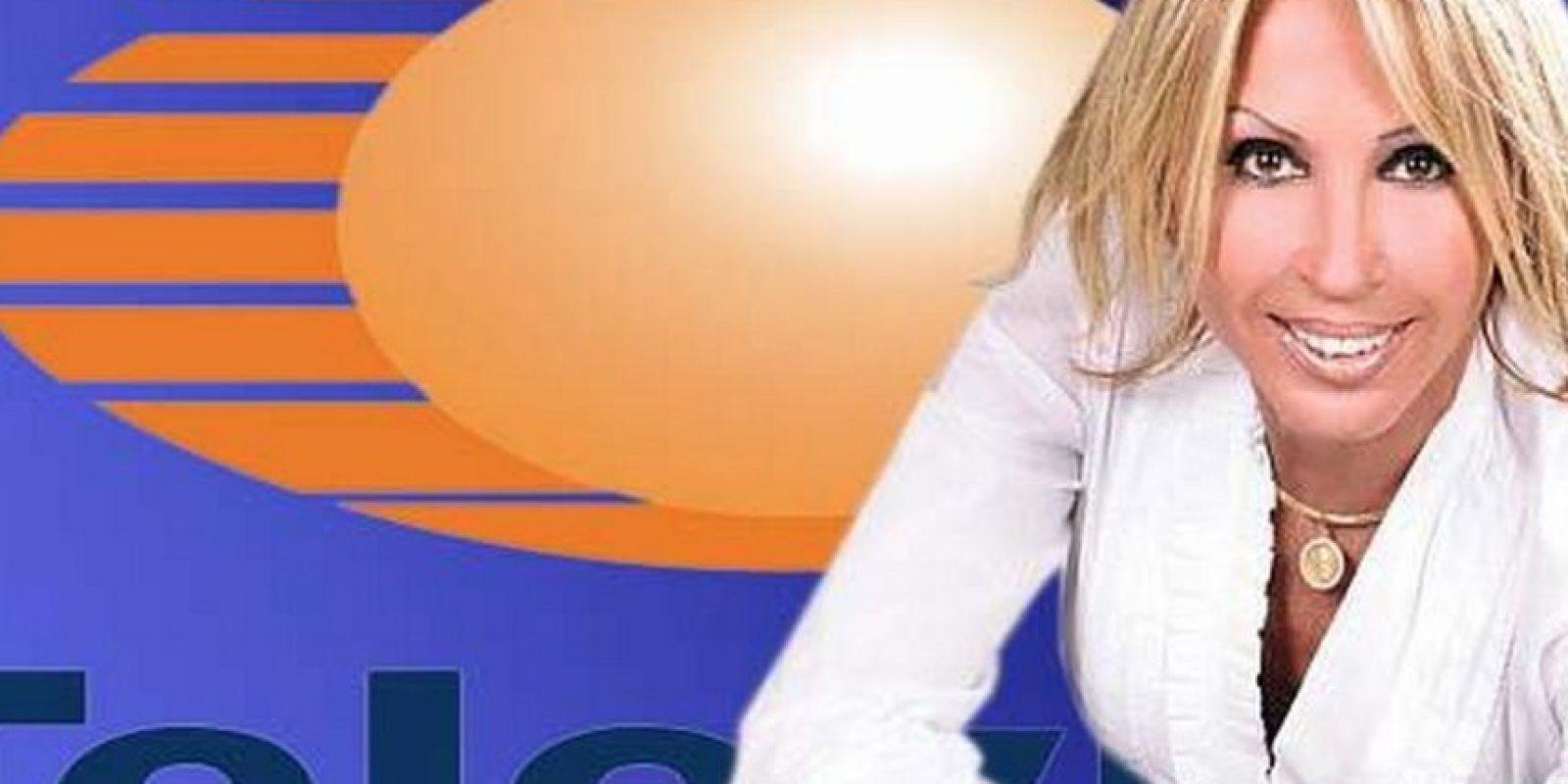 """""""Tengo al pueblo conmigo; ni estoy contra el pueblo, ni el contra mí; qué vergüenza que pierdan su tiempo en un programa de televisión, en medio de tantos escándalos; que atiendan la extradición del Chapo, en lugar de preocuparse por mí"""", declaró Bozzo. Foto:Vía facebook.com/programa.laura.96"""