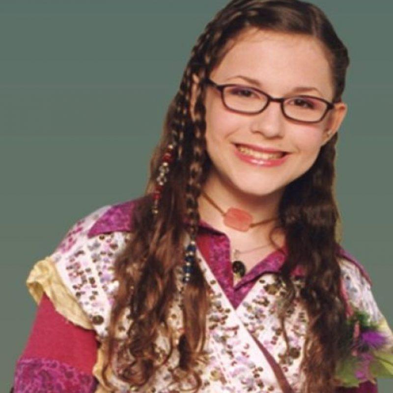 """Interpretó a """"Quinn"""", una chica muy inteligente que convirtió su cuarto en un laboratorio científico. Foto:Nickelodeon"""