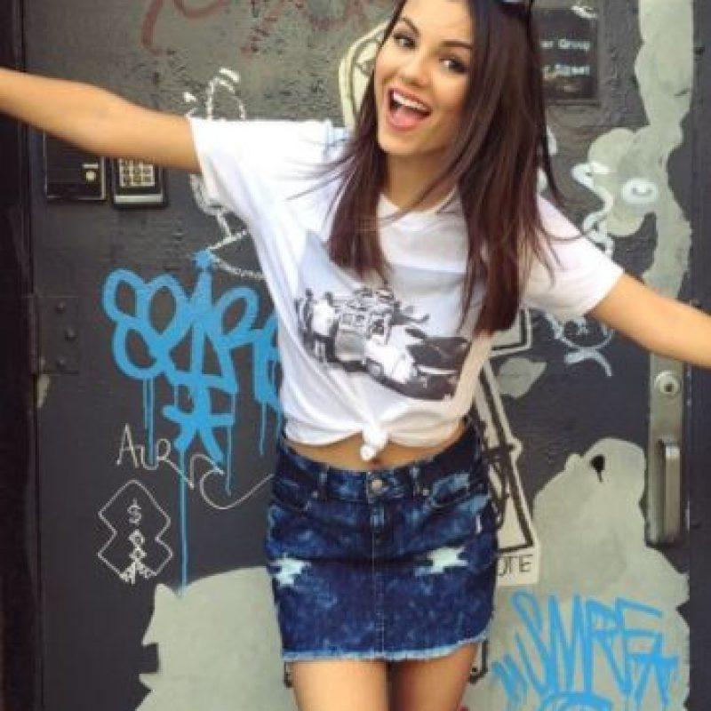 """Luego de """"Zoey 101"""" consiguió protagonizar su propia serie, """"Victorious"""", junto a la cantante Ariana Grande. Foto:vía instagram.com/victoriajustice"""