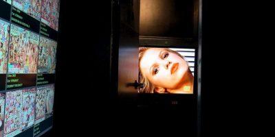 """Posiblemente el primer caso de """"revenge porn"""" se presentó en la década de 1980, cuando la revista para hombres """"Hustler"""" presentó fotografías e información de mujeres sin su consentimiento. Foto:Getty Images"""