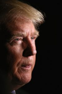 Durante el fin de semana, Trump dijo que el también republicano John McCain no podía ser considerado un héroe de guerra. Foto:Getty Images