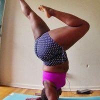 Esta mujer de 27 años comenzó practicando Bikram Yoga hace dos años -ejercicios de yoga en cuartos a altas temperaturas-. Foto:Vía Instagram.com/mynameisjessamyn