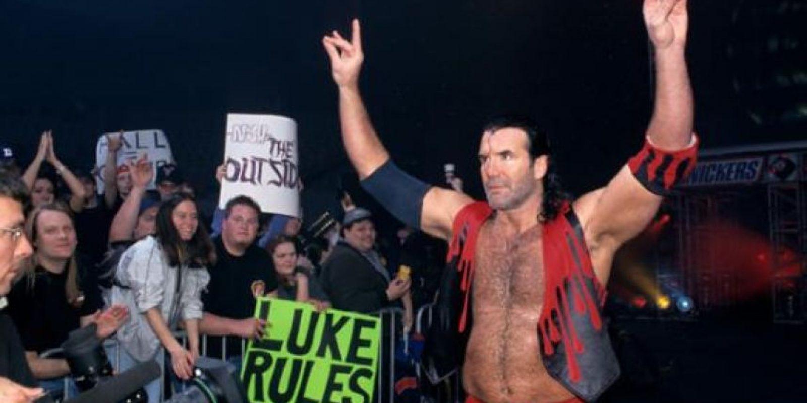 Pues los luchadores recibían regalías de los productos oficiales de los artículos del grupo nWo Foto:WWE